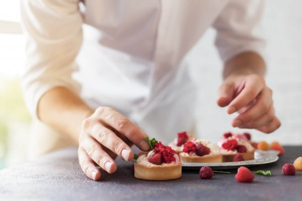 Preparation,Of,Cakes,With,Raspberries,On,A,Table